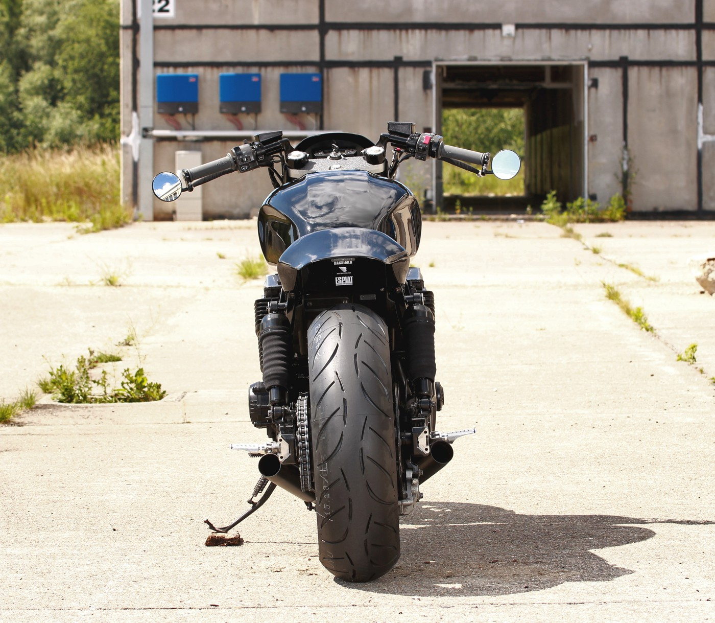 tail-xjr-daniel-schuh-dragster-cafe-racer