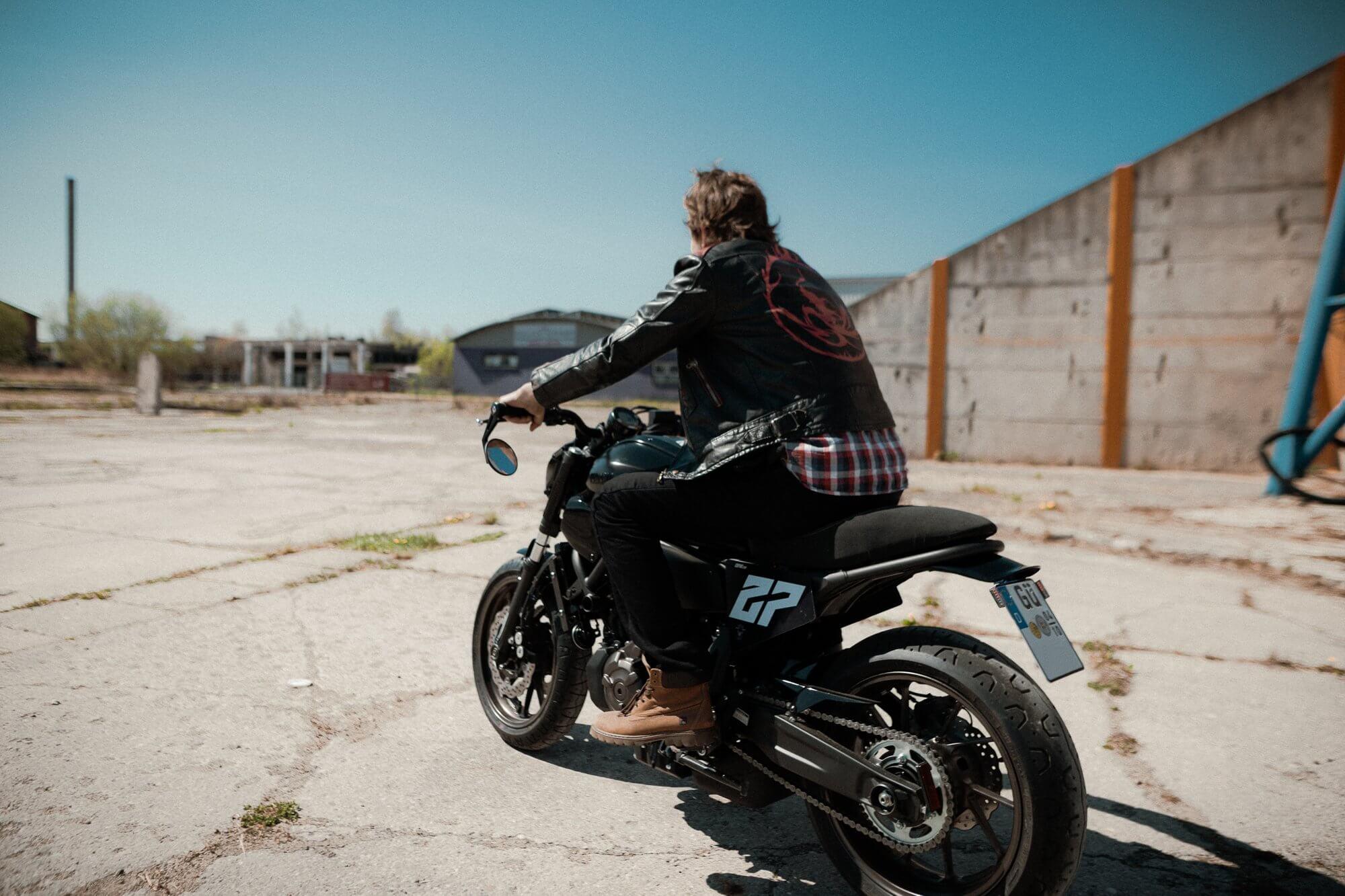 xsr700 custom bike